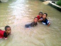 banjir di kapurinjing foto1614